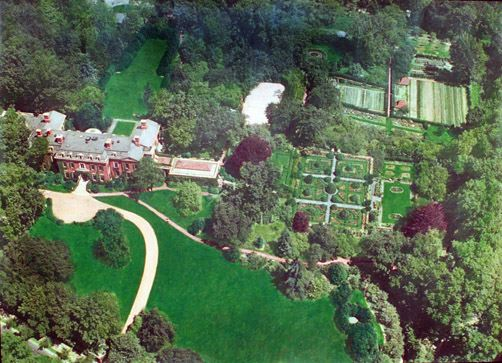 D.O. Garden Stories   Aerial View of Dumbarton Oaks, From South-East ...